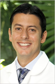 Dr. Julian Conejo - Prosthodontist - Dental Restoration