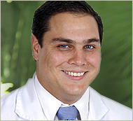 Doctor Mauricio Clare Castro - Prosthodontists - Dental Implants - Complex Restorations