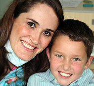Doctora Dental con Niño - Odontología Pediátrica Costa Rica
